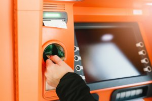 Geldautomaten für EC- und Kreditkarten sind sehr verbreitet