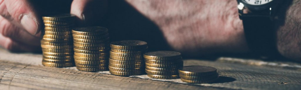 Bei Handelshof Geld abheben